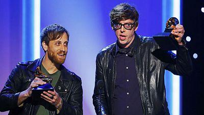 En la gala de los Grammy triunfa Black Keys con cuatro premios