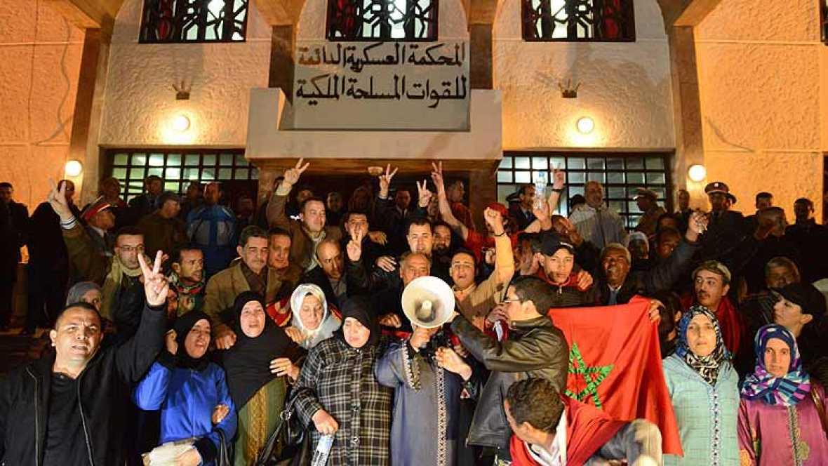 Duras condenas para los saharauis detenidos en Gdaim Izik