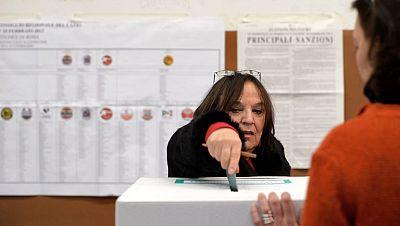 Cierran los colegios electorales en Italia