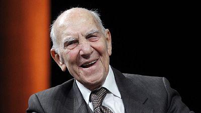 Muere Stéphane Hessel, diplomático, escritor y miembro de la resistencia contra los nazis