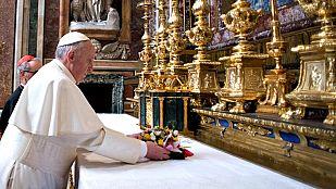 Bergoglio inicia su primera jornada como el papa Francisco rezando en Santa María la Mayor