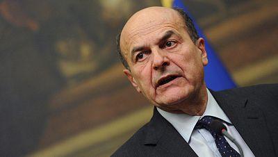 En Italia, Bersani está en manos de Berlusconi para formar gobierno