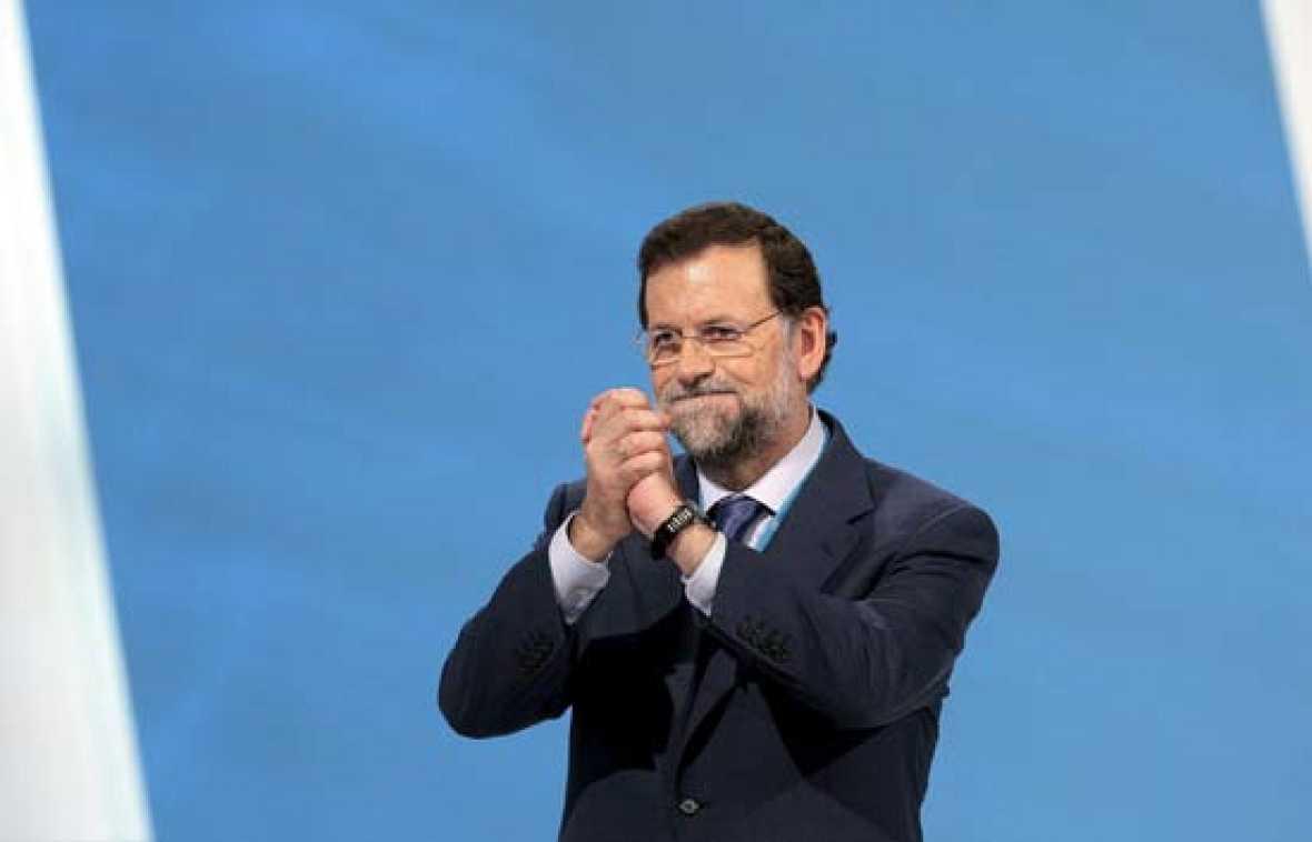 Mariano Rajoy ha sido reelegido presidente del PP con el apoyo del 84,24% de los compromisarios que han ejercido su derecho al voto en el XVI Congreso Nacional del partido, 409 de los cuales votaron en blanco (21/06/08).