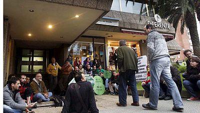 Los bancos se quedan con la vivienda de casi 39.000 personas en 2012