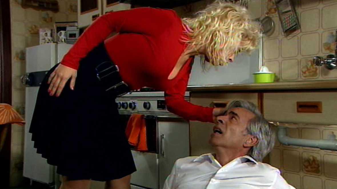 Cu ntame c mo pas antonio un fontanero distra do - El fontanero en casa ...