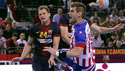 El Atlético de Madrid ha alcanzado la final de la Copa del rey de balonmano al derrotar al Barça Intersport por 28-31 en la primera semifinal del torneo.