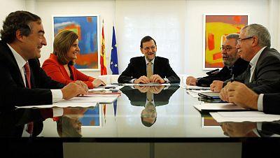 Rajoy se reúne con los agentes sociales, que le presentarán sus propuestas para superar la crisis