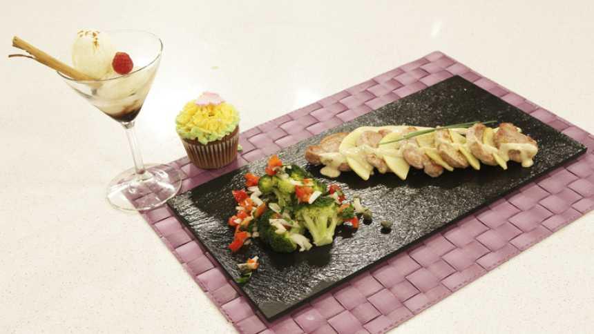 Saber Cocinar - Solomillo de cerdo en salsa cabrales con brecol