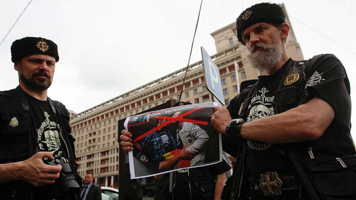 Resultado de imagen de El Tribunal de Estrasburgo condena a Rusia por la ley que prohíbe la propaganda gay