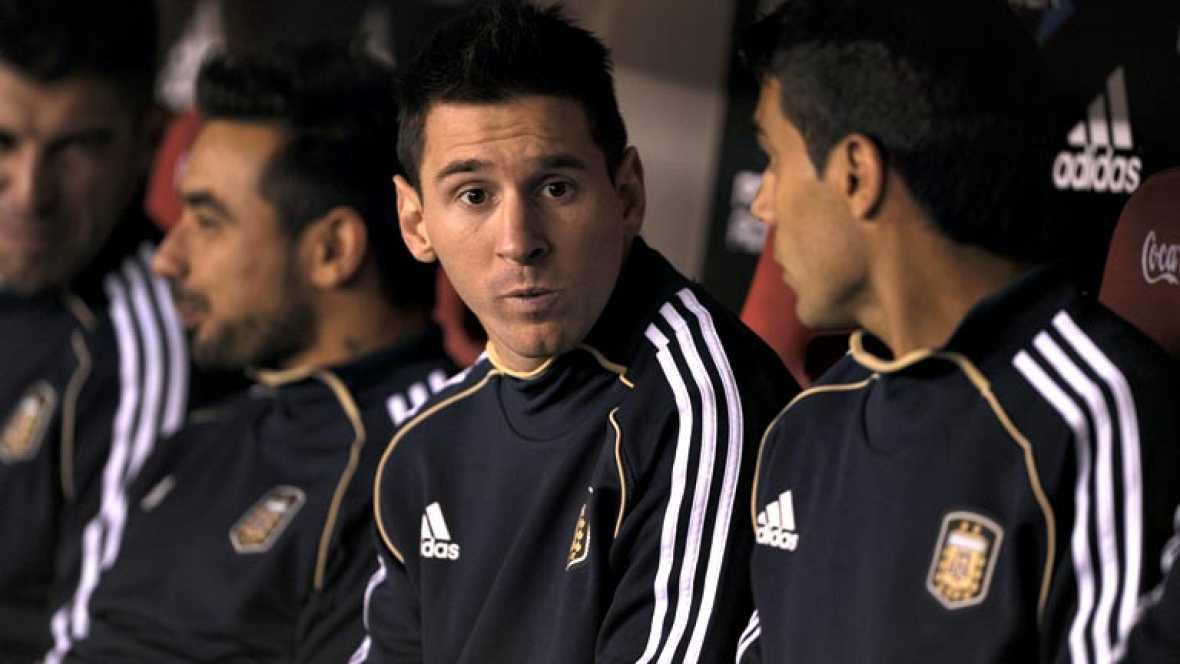 La Agencia Tributaria podría ampliar a los ejercicios 2010, 2011 y 2012 sus investigaciones sobre el futbolista argentino del FC Barcelona Lionel Messi y remitirlas a la Fiscalía en caso de detectar que también burló, presuntamente, la tributación po