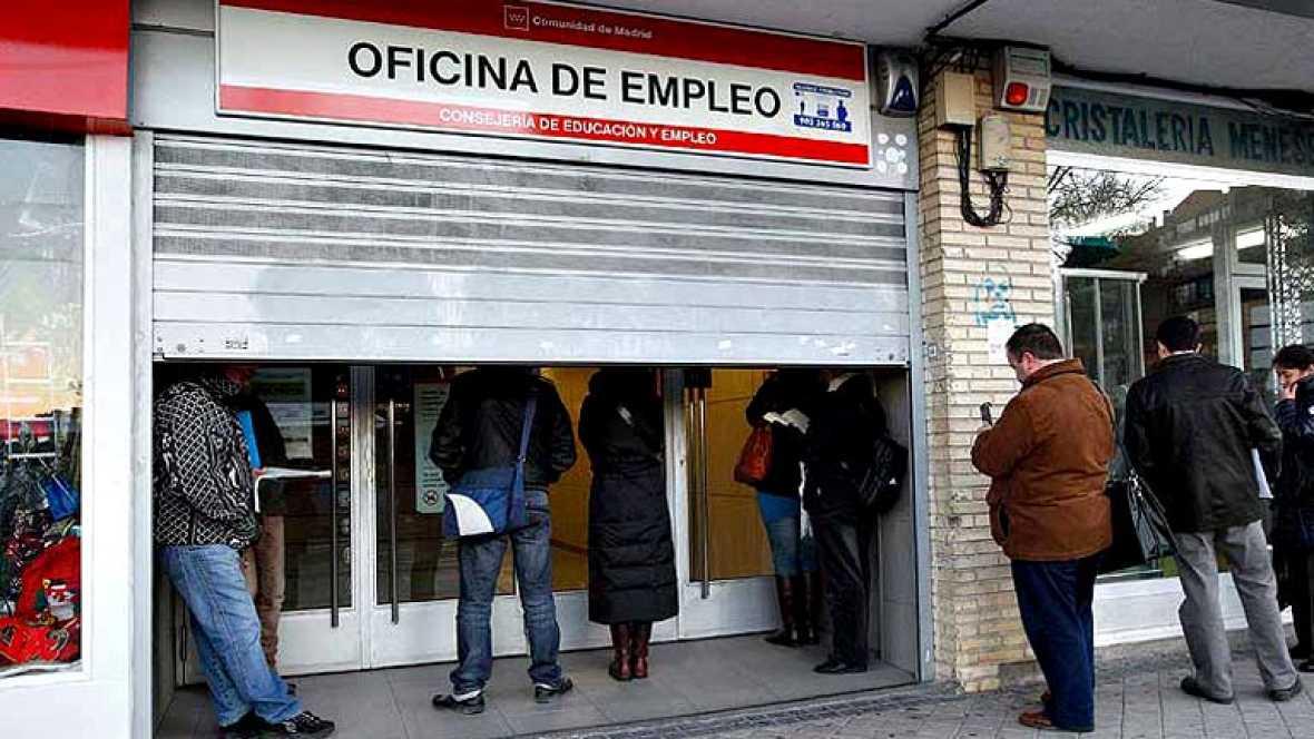 El FMI sugiere que se debería generalizar el contrato permamente y rebajar más los salarios