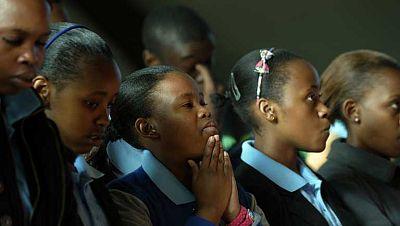 En Soweto continúan dando gracias a Mandela por ayudarles a ser personas