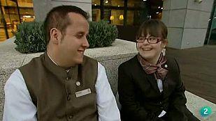 Con una sonrisa - Hugo e Irene tontean