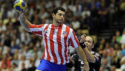 El Balonmano Atlético de Madrid no ha podido solventar sus deudas y se ha visto obligado a desaparecer, a pesar de ser el actual subcampeón de la Liga Asobal y el campeón de Copa. Por su parte, el Caja Segovia de fútbol sala está en una situación crí