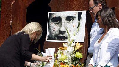 Ermua recuerda a Miguel Ángel Blanco 16 años después de su asesinato
