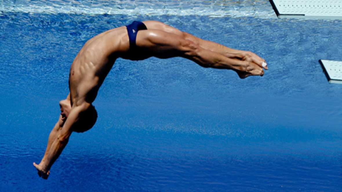 Saltos 1 metro trampol n masculino final 22 07 for Trampolin para piscina