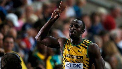 El jamaicano Usain Bolt, figura máxima del atletismo mundial, ha clausurado la primera jornada de los Mundiales de Moscú con un paseo de 100 metros que le condujo a las semifinales en 10.07 segundos.