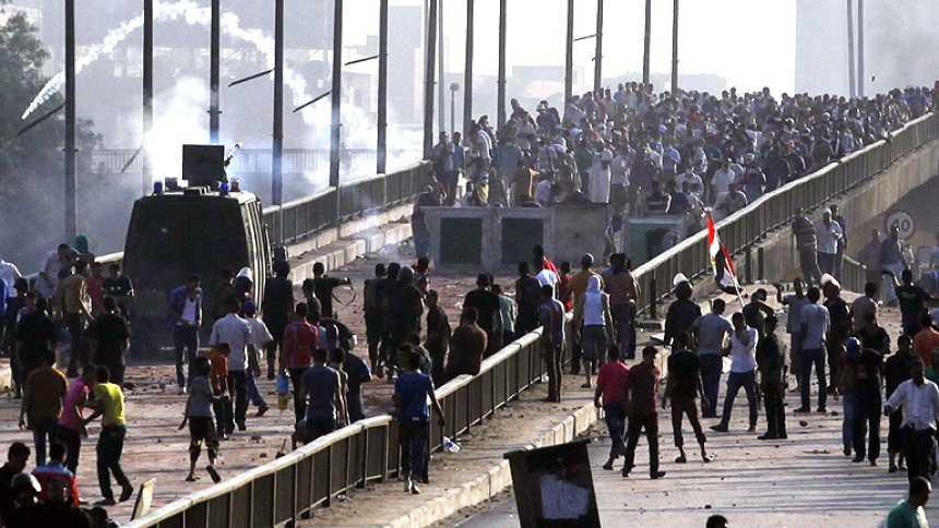 Decenas de muertos en El Cairo en el desalojo policial contra las acampadas islamistas