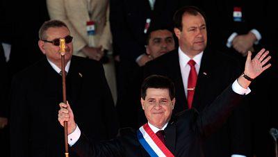 Horacio Cartes jura el cargo como presidente de Paraguay