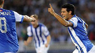 Carlos Vela adelanta a la Real de Cabeza (1-0)