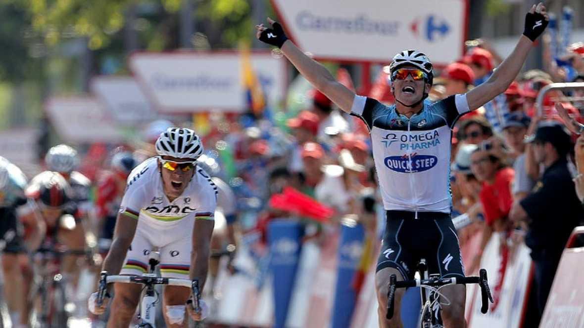 El ciclista checo Zdenek Stybar (Omega Pharma) se ha impuesto en  el mano a mano final de la séptima etapa de La Vuelta a España,  disputada entre Almendralejo y la localidad sevillana de Mairena del  Aljarafe sobre 205,9 kilómetros, al ser más rápid