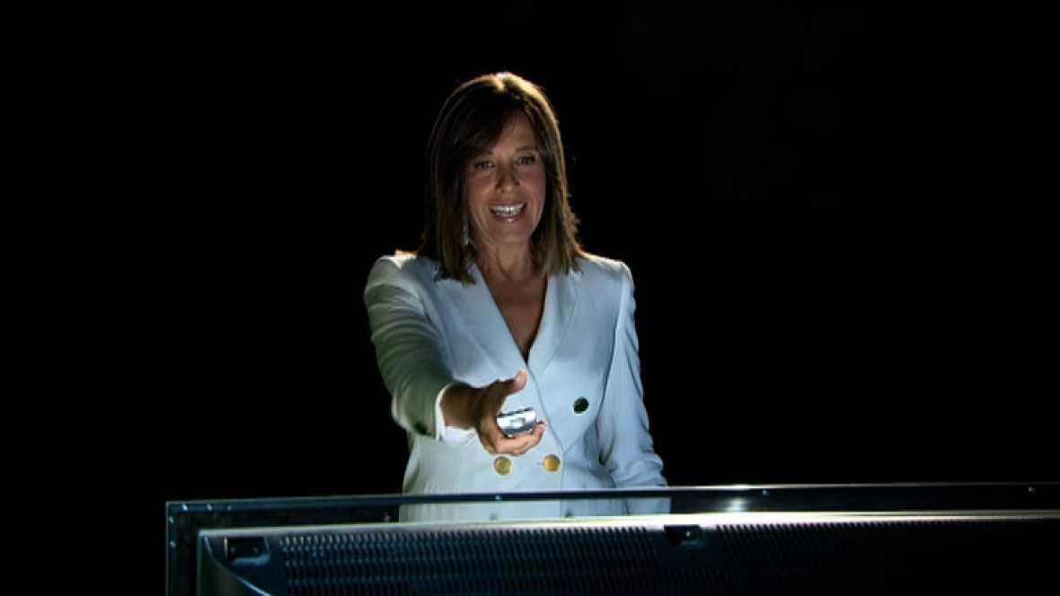 Los principales rostros de TVE usan por primera vez RTVE Botón Rojo, el nuevo servicio para televisiones conectadas de la Corporación RTVE.