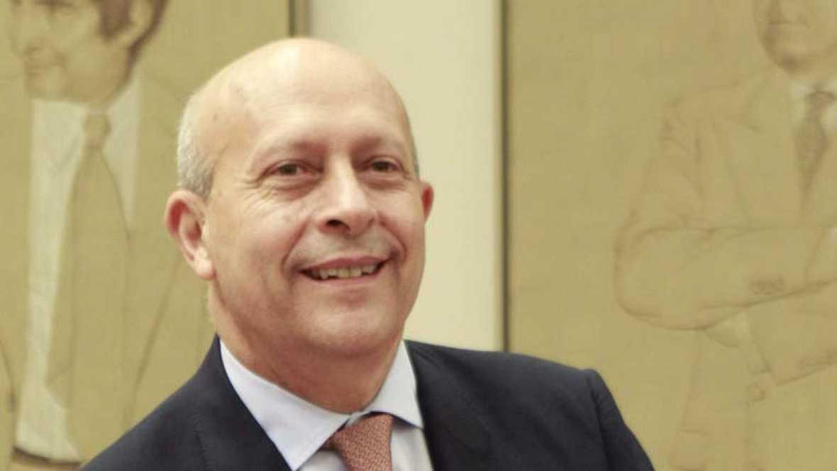 El ministro Wert quita importancia a las protestas que ha generado su reforma y defiende el presupuesto para becas