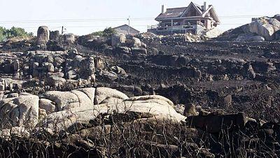 Arden 2.000 hectáreas del monte Pindo