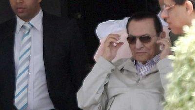 Se reanuda el juicio contra Hosni Mubarak