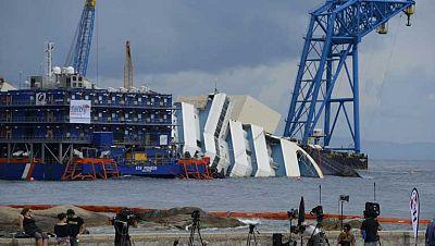 Mañana se intentará reflotar el Costa Concordia tras 20 meses de su naufragio