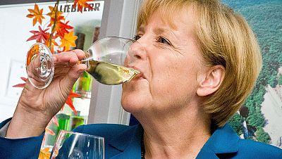 Merkel, única superviviente de la crisis entre los jefes de Gobierno europeos