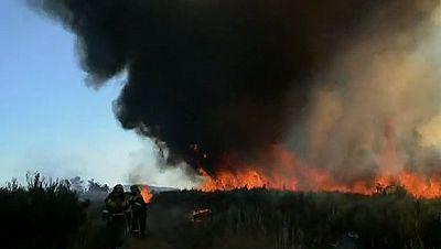 Un nuevo incendio en Ourense obliga a evacuar un colegio en A Merca