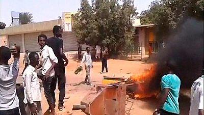 Varios muertos en una ola de protestas en Sudán por el recorte de los subsidios a los carburantes
