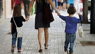 Casi 111.000  parejas se separaron durante 2012 en España, la cifra más alta desde 2008