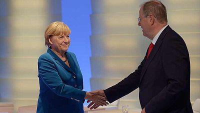 El SPD alemán negocia en su convención una gran coalición con Angela Merkel