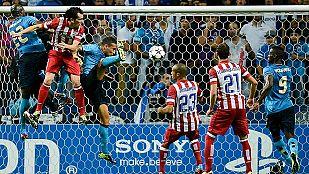 El Atlético remonta y acaba con su maldición en Oporto