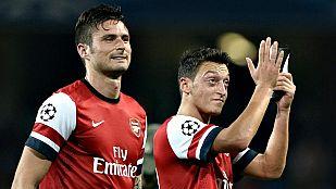 El Arsenal domina; Chelsea y Dortmund reaccionan