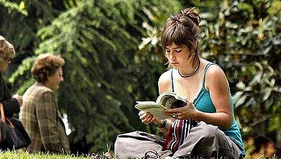 Los adultos españoles, a la cola de OCDE en comprensión lectora y matemáticas