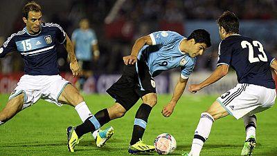 Uruguay y México se jugarán en la repesca su plaza en el Mundial
