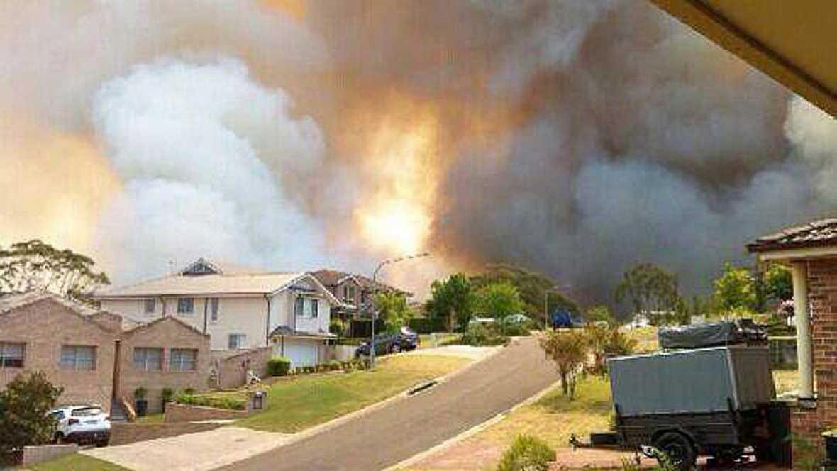 Estado de emergencia en el este de Australia por la peor oleada de incendios en una década