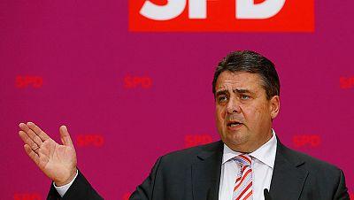 La convención del SPD alemán da vía libre para negociar una coalición con Merkel