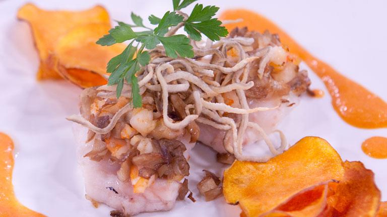 Saber cocinar bocaditos de mar con crema de pimiento for Cocinar ortigas de mar