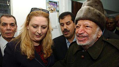 """La viuda de Arafat denuncia un """"asesinato político"""" al confimarse rastros de polonio en su cadáver"""