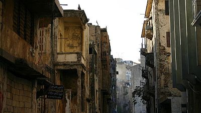 Despu�s de 16 a�os de guerra, una fr�gil paz llega al L�bano. Los acuerdos entre los diferentes grupos armados del L�bano sellaron una paz duradera que fue truncada en el sur por la primera Guerra del Golfo.