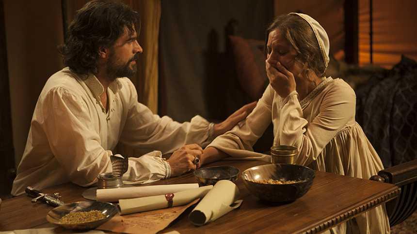 Isabel - ¿Atentaron contra la reina?