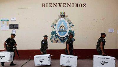 Honduras elige presidente cuatro años después del golpe de estado de Zelaya
