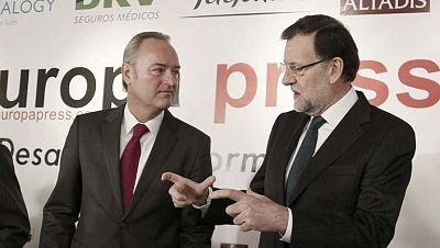 Mariano Rajoy acompaña a Alberto Fabra en un desayuno informativo