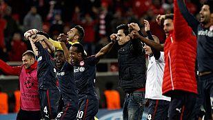 Olympiakos y Leverkusen logran plaza de octavos
