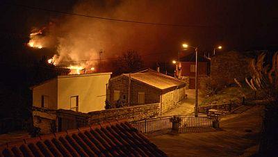 Más de trescientas hectáreas han ardido en el parque natural de O Xurés, en Ourense