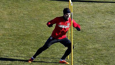 En el Atlético de Madrid, Courtois ha entrenado al margen. Veremos si Simeone le incluye en la lista para enfrentarse al Valencia el domingo. En ese partido será protagonista también Villa, que se enfrentará a sus excompañeros.